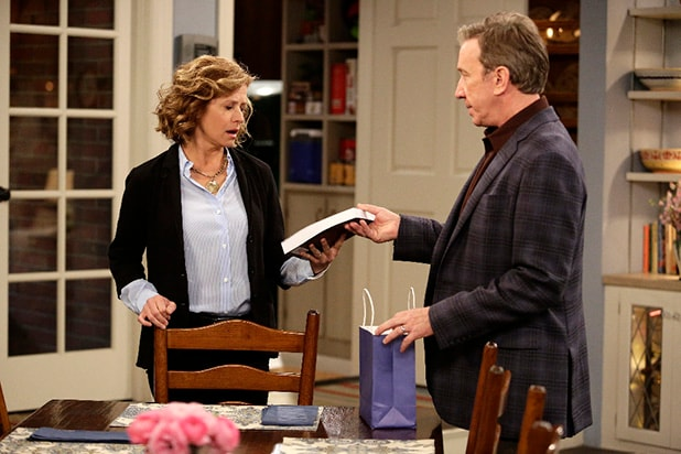 Roseanne brings back dead husband Dan in reboot