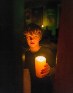 Lights-Out_Vert