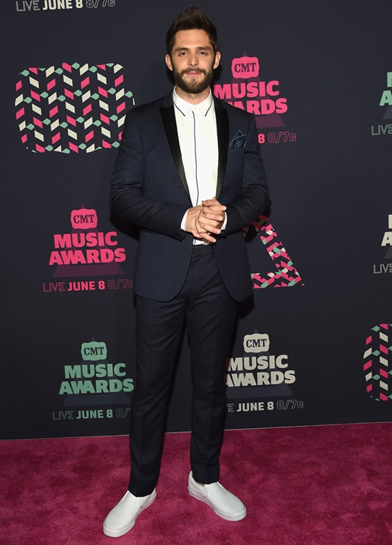 2016 CMT Music Awards Red Carpet