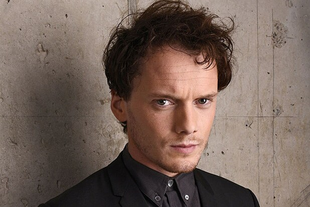 Marilyn manson zoe saldana honor anton yelchin on late actor s