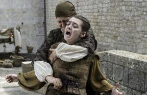 arya stabbed game of thrones
