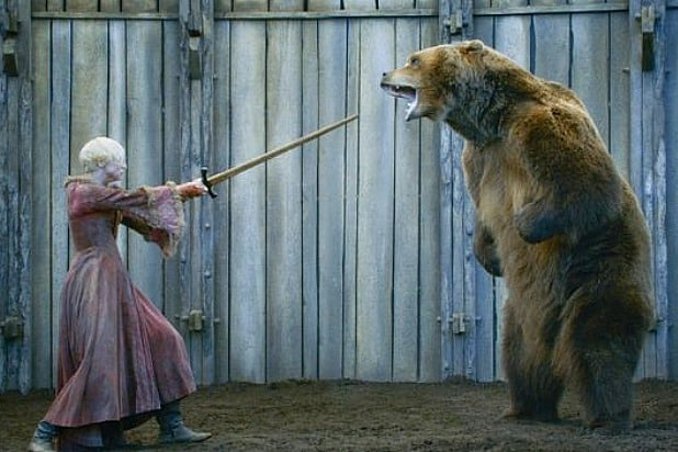 brienne of tarth vs the bear game of thrones