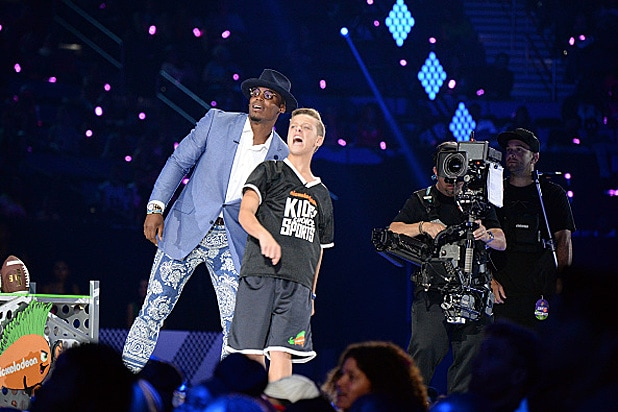 Cam Newton Nickelodeon Kids' Choice Sports Awards 2016