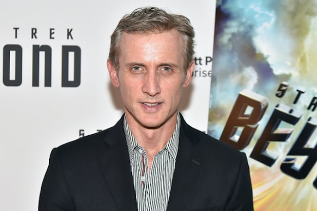 Dan Abrams' Mediaite Beefs Up Staff to Cover Sports, Entertainment