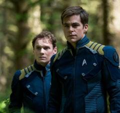 Star-Trek-Beyond_Yelchin_Pine