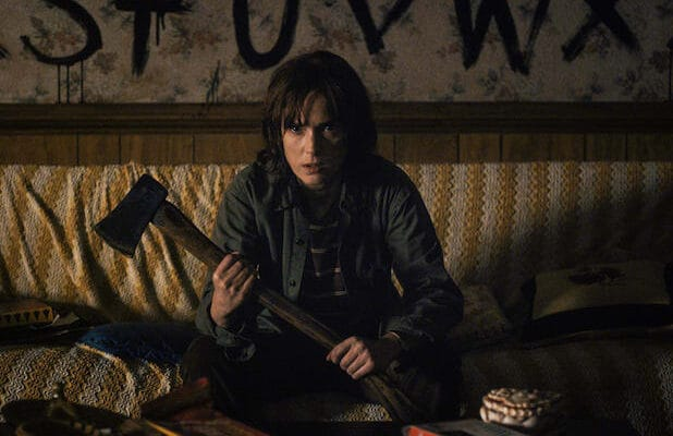Stranger Things Winona Ryder Season 1