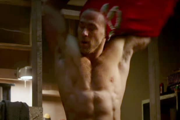 ryan reynolds deadpool shirtless movie star bodies