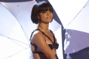 Rihanna Umbrella 2007