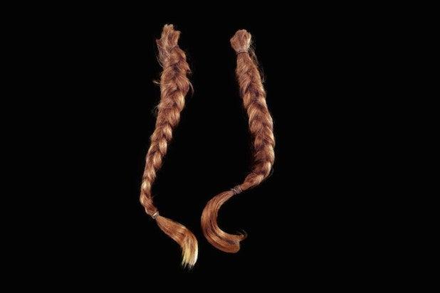 willie nelson braids auction