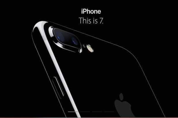 Apple iPhone 7 Release Date Preorder Tim Cook AirPods