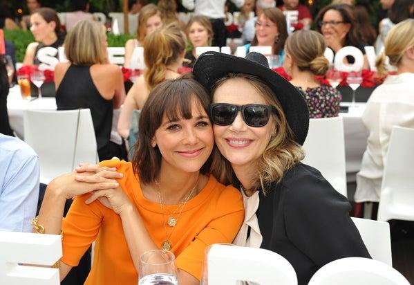 Rashida Jones (L) and Peggy Lipton