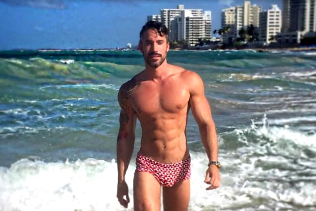 Logo's Gay Bachelor Threatens to Sue Online 'Bullies' Following Escort  Scandal