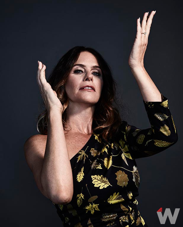 TRANSPARENT AMY LANDECKER