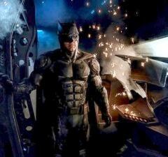 batman justice league suit