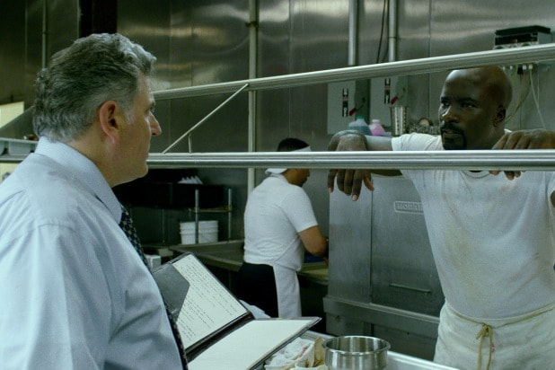 guy who runs the kitchen at harlem's paradise luke cage
