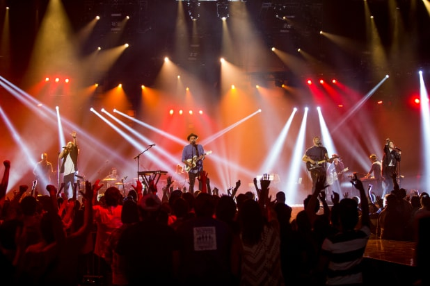 Hillsong — Let Hope Rise' Review: Popular Christian Band