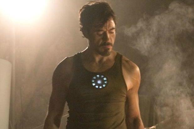 Robert Downey Jr aesthetic physique