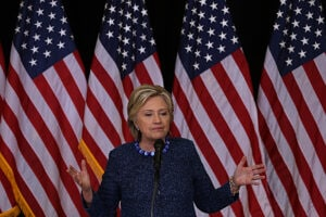Hillary Clinton Holds Early Voting Rallies In Iowa