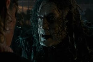 """First """"Pirates of the Caribbean: Dead Men Tell No Tales"""" teaser trailer Jack Sparrow Johnny Depp"""