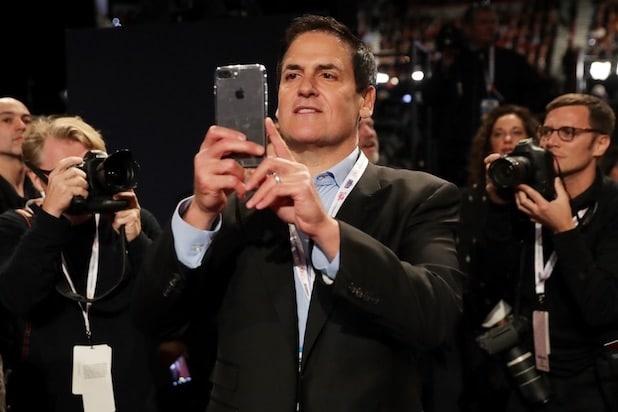 mark cuban Final Presidential Debate Between Hillary Clinton And Donald Trump Las Vegas
