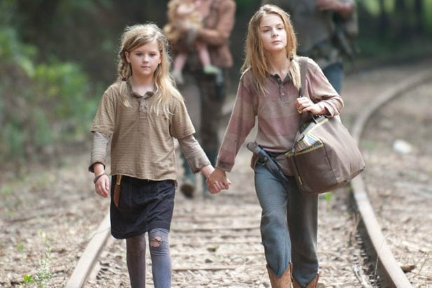 lizzie and mika walking dead