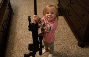 teen mom 2 rifle gun jeremy calvert daughter 3 adalynn
