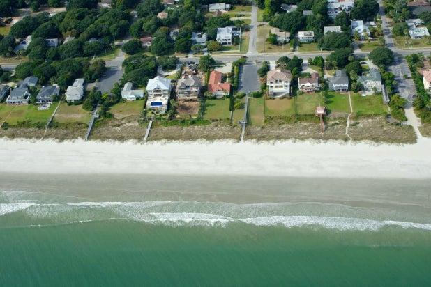 Beachfront Bargain Hunt Renovation