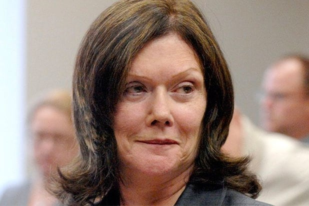 'Making a Murderer' Attorney Kathleen Zellner Challenges Andrew Colborn to Reenact Bookcase Theory From Trial