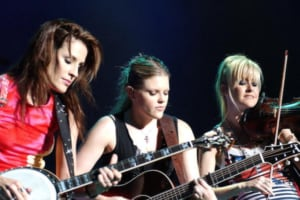 Dixie Chicks Manager: Trump Inauguration Can't Book Performers Because Hollywood's 'Not Ready to Make Nice'