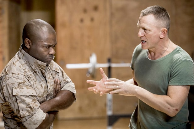 Steht Daniel Craig auf Jungs? - vipde