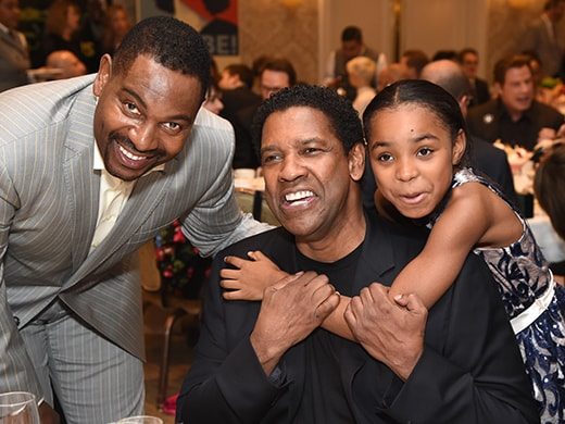 _0004_mykelti-williamson-denzel-washington-saniyya-sidney-getty-images