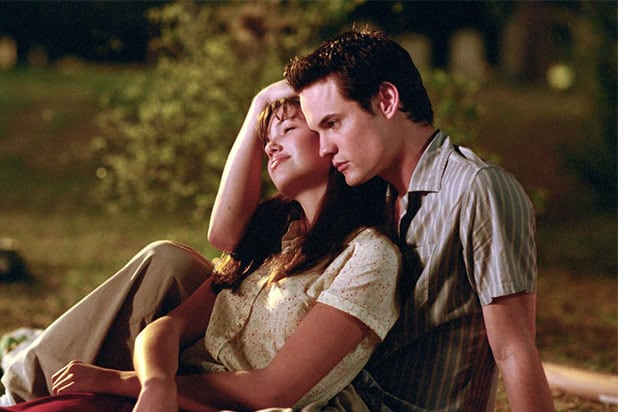 Mandy Moore On A Walk To Remember Reunion We Re Working On It