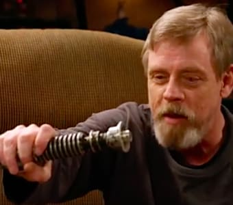 mark hamill lightsaber luke skywalker