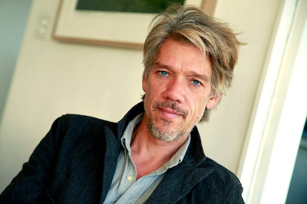 Stephen Gaghan to Write and Direct Video Game Adaptation 'The Division'