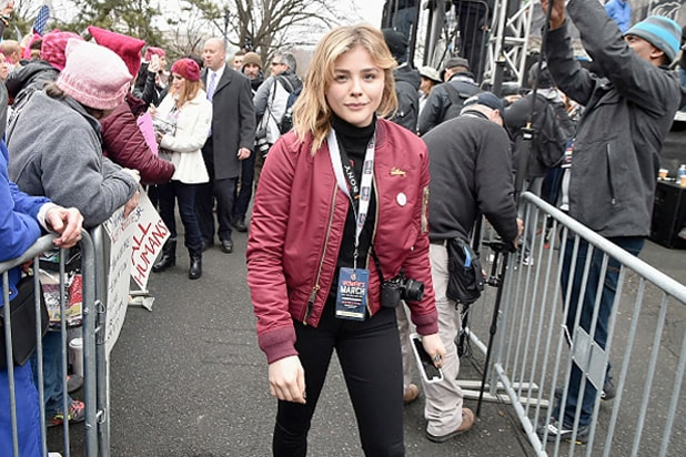 chloe grace moretz women's march