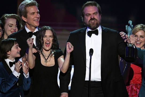 david harbour winona ryder stranger things sag awards speech donald trump racist
