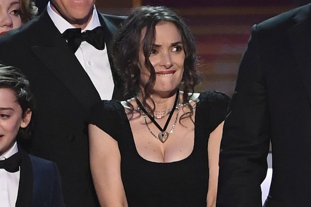 Winona Ryders Face Does Strange Things During SAG Awards Speech Video