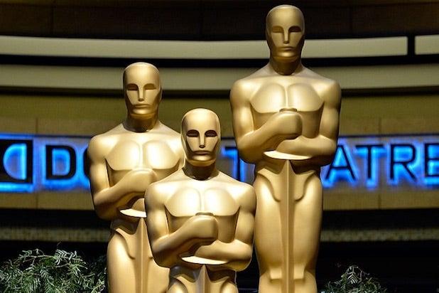 Academy Award Statue oscars how to watch online livestream