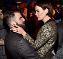 SANTA MONICA, CA - FEBRUARY 23: Honoree Zachary Quinto (L) and actress Sarah Paulson attend the 12th Annual US-Ireland Aliiance's Oscar Wilde Awards event at Bad Robot on February 23, 2017 in Santa Monica, California. (Photo by Alberto E. Rodriguez/Getty Images for US-Ireland Alliance )