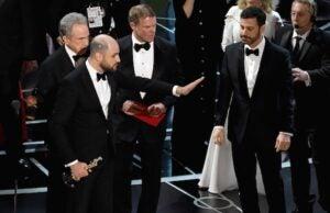 Oscars PwC envelope disaster