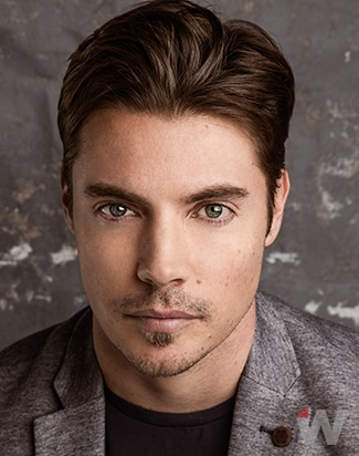 Josh Henderson, The Arrangement