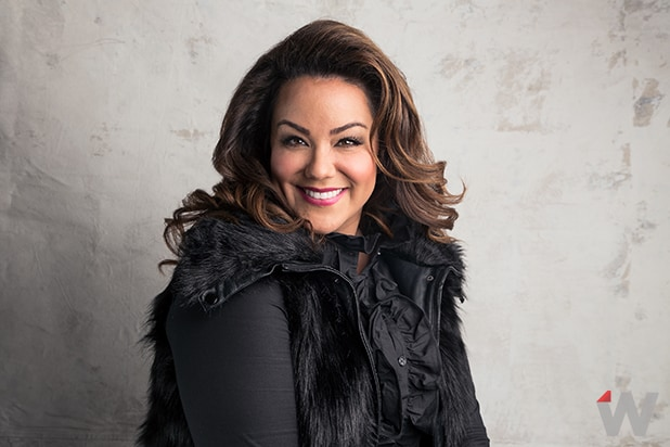 Katy Mixon, American Housewife