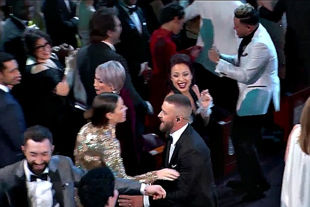 oscars academy awards timberlake can't stop the feeling jessica biel