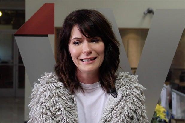 Katie holmes Sex-Video Shemale, großen Schwanz hautnah