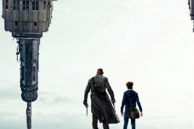 'The Dark Tower' New Poster: Stephen King Reveals Topsy-Turvy Art