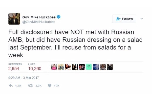 huckabee jokes russian dressing twitter