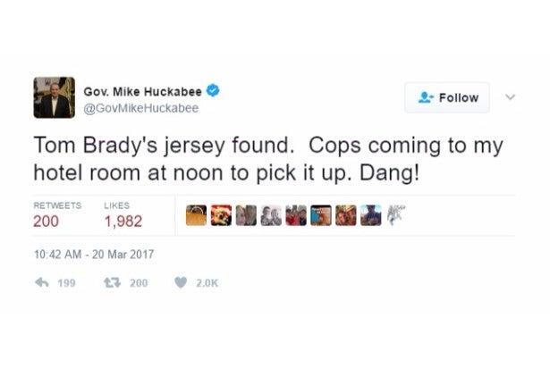 huckabee jokes tom brady jersey twitter