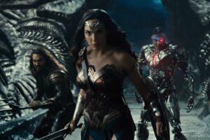 justice league trailer alien ship wonder woman aquaman cyborg