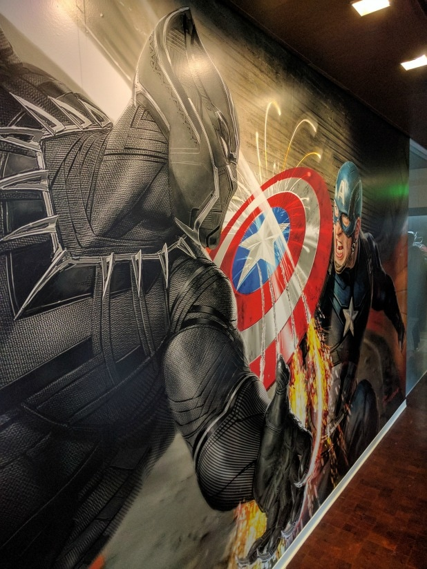 Captain America vs Black Panther