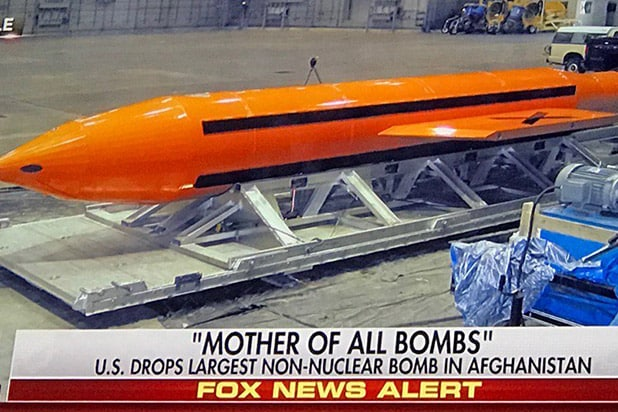 Twitter Divided Over Trump S Bomb Drop On Isis Target In